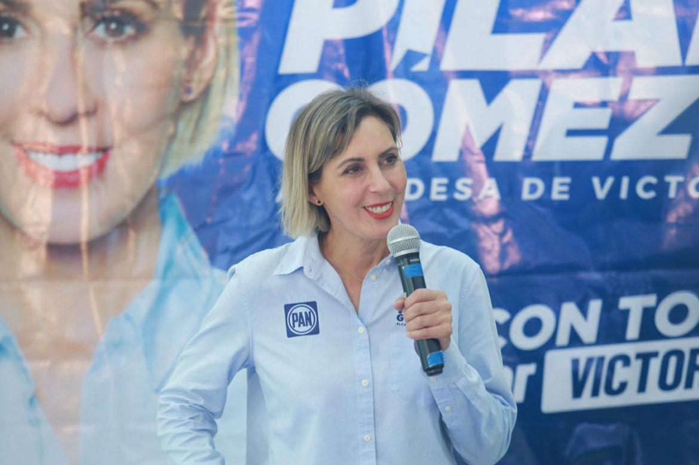 Plantea Pilar Gómez abrir oportunidades para jóvenes