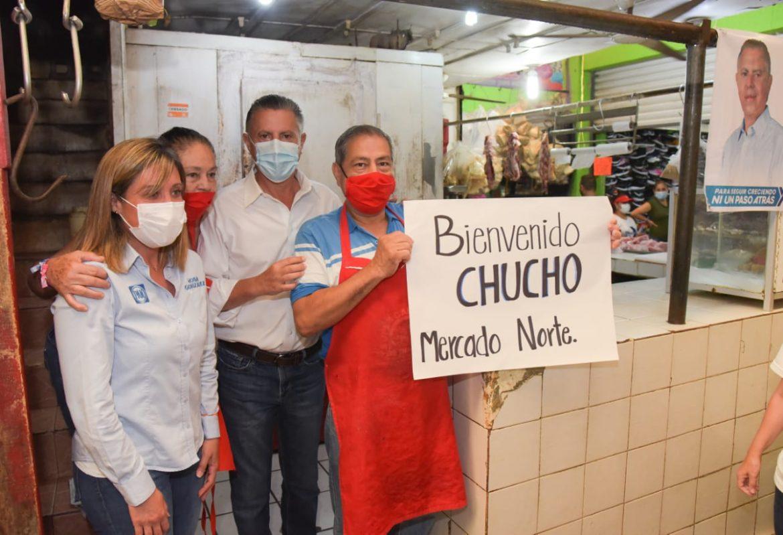 Más obra y mejores servicios garantiza Chucho Nader