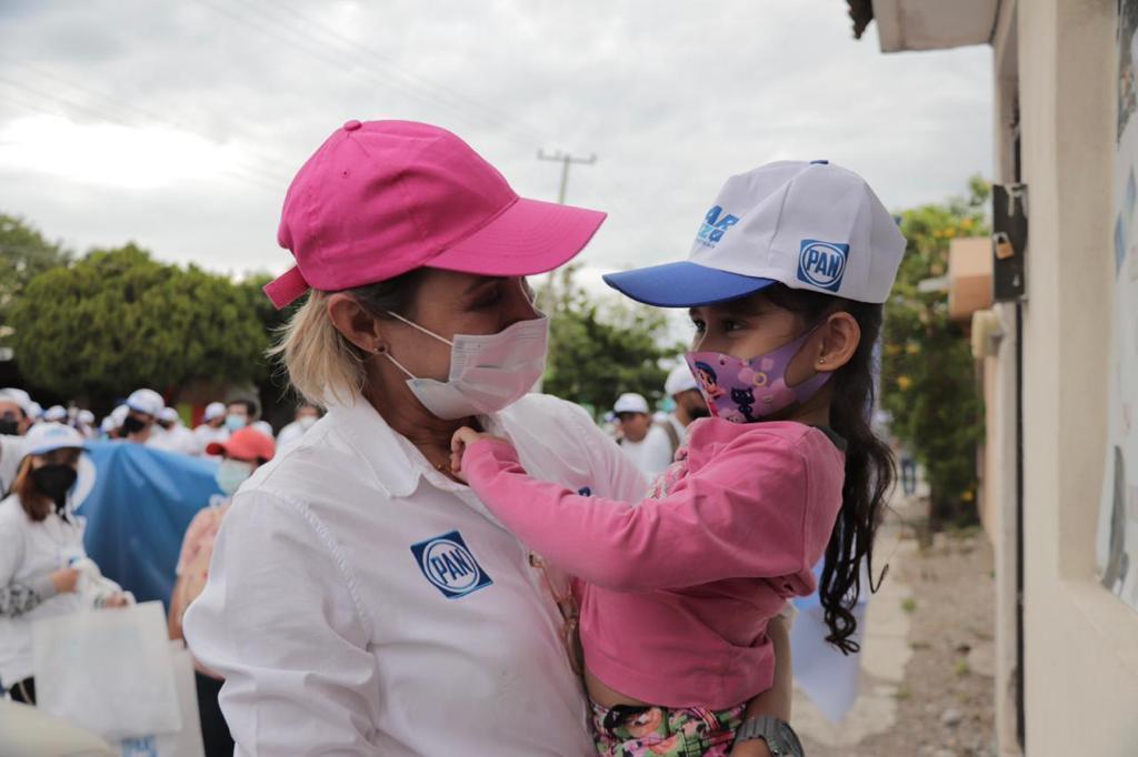 Establece Pilar Gómez  su modelo de gobierno