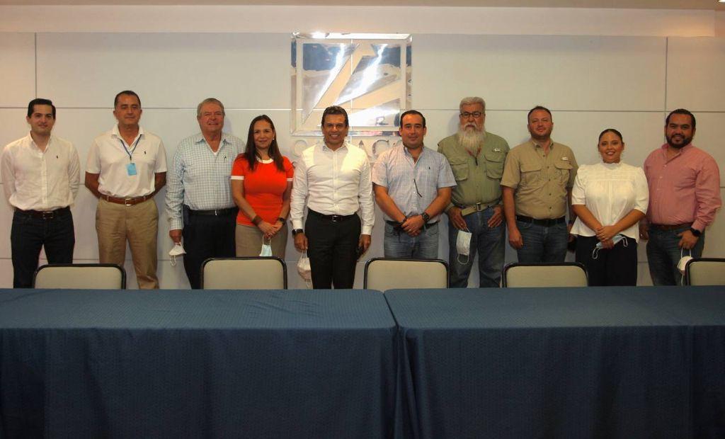 Se reúne alcalde Lalo Gattás con integrantes de Mesa de Seguridad