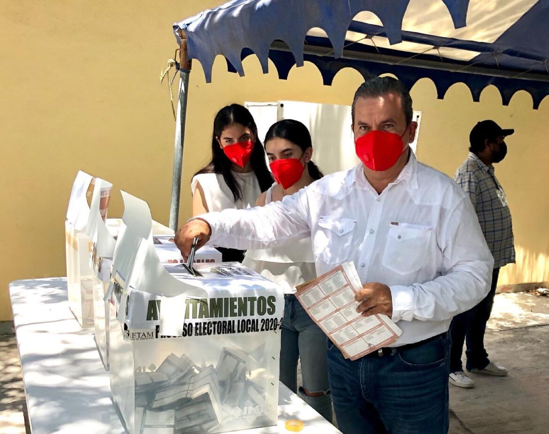 LETRAS PROHIBIDAS  ¿Indignación en el PRI…?  por Clemente Zapata M.