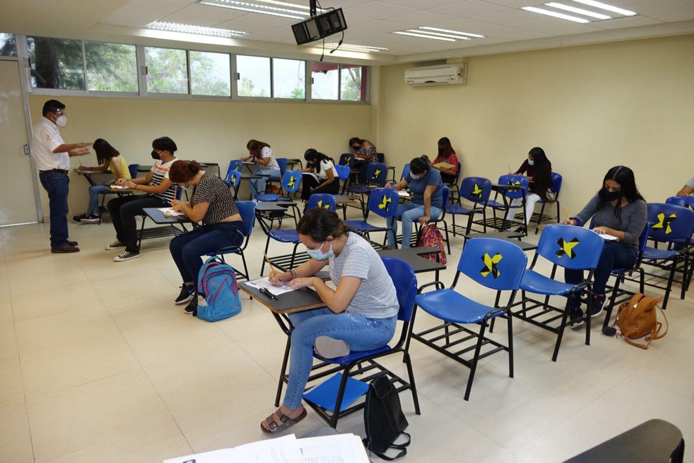 Presentan en la UAT el examen CENEVAL de ingreso a licenciatura