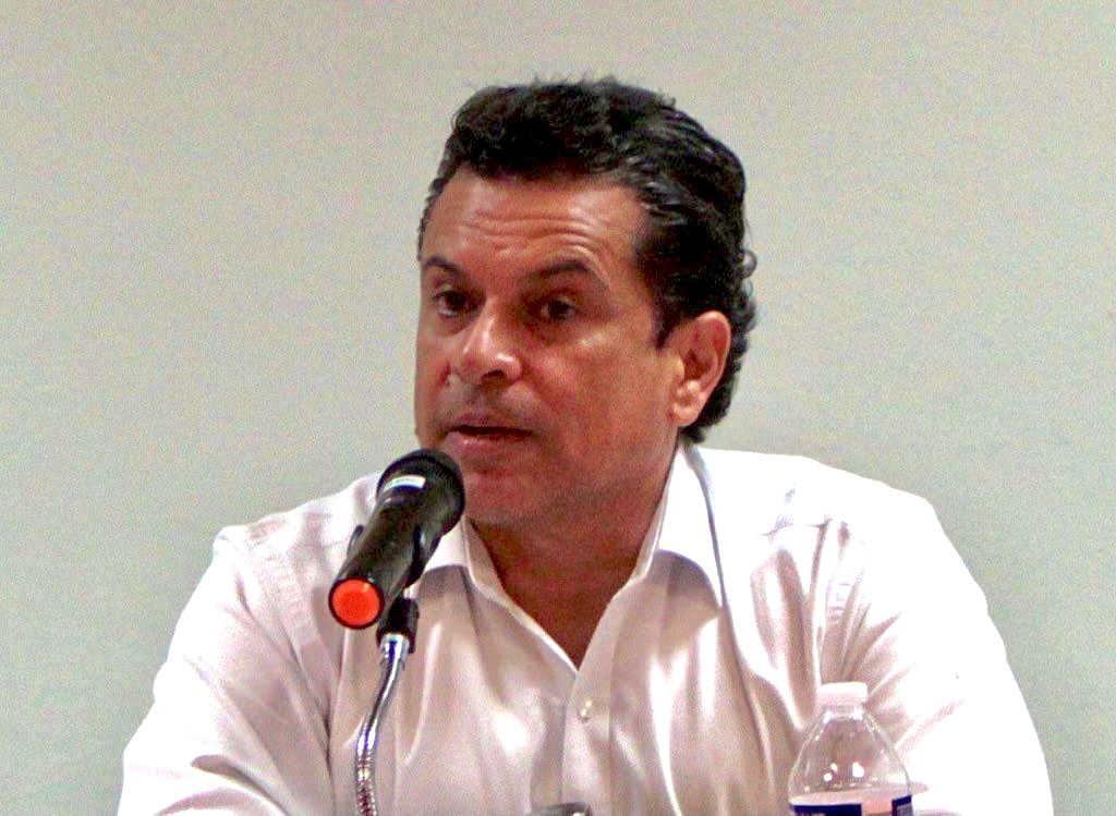 Busca Gattás rescate de Comapa