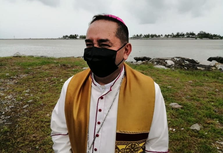 Buscan sacerdote exorcista en Tampico