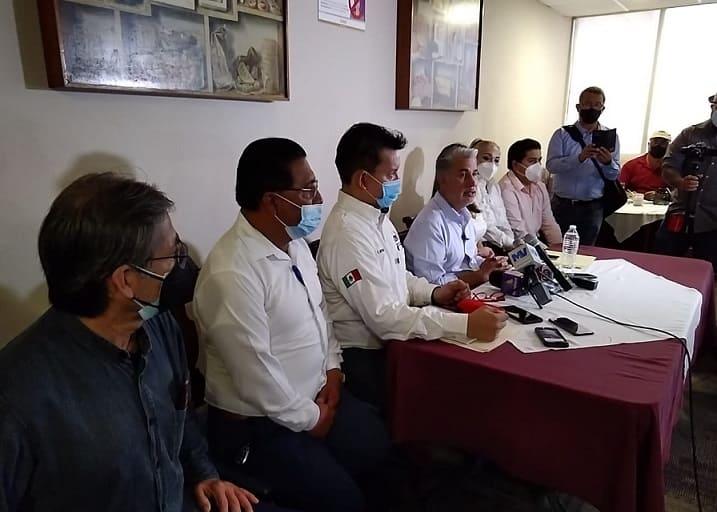 """Alejandro Rojas también vive con""""200 pesos en la cartera"""""""