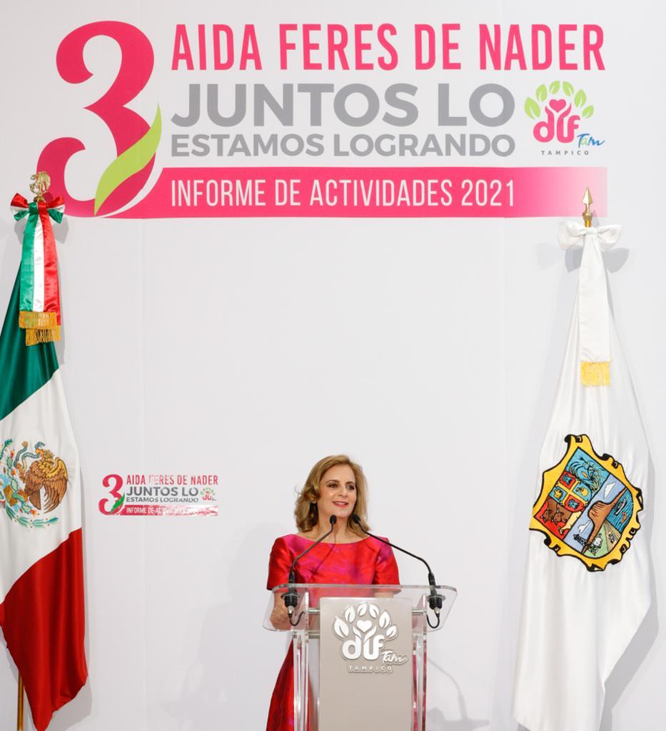 Rinde Aida Féres de Nader Su Tercer Informe al Frente del DIF Tampico